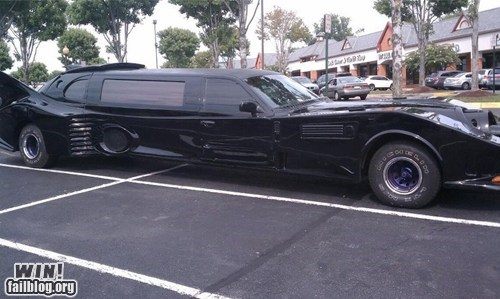 batman batmobile car driving limo nerdgasm parking - 6514285568