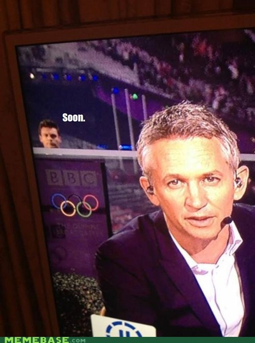 news,olympics,photobomb,Ryan Seacrest,SOON