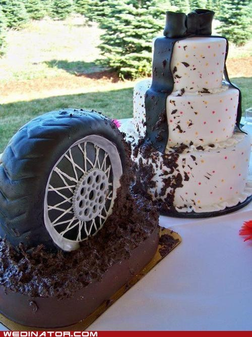 cakes,cars,funny wedding photos,wedding cakes,wheel