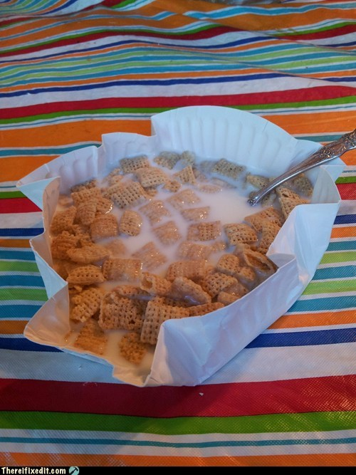 breakfast cereal cereal bowl dishes paper plate spoon - 6526906624