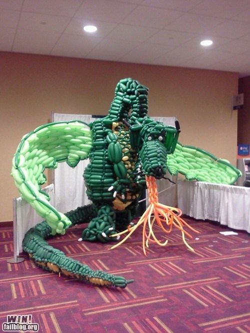 Balloons design dragon nerdgasm