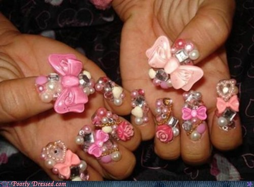bows,finger nails,pearls
