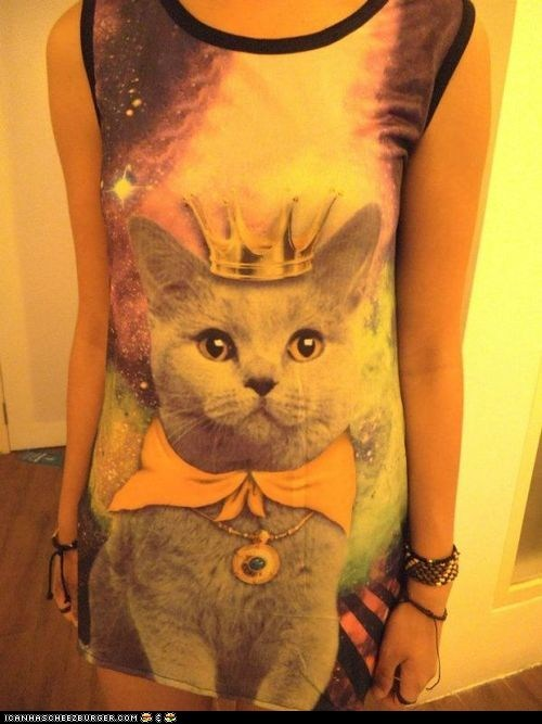 awesome Cats crowns dresses fashion win wtf - 6537544960