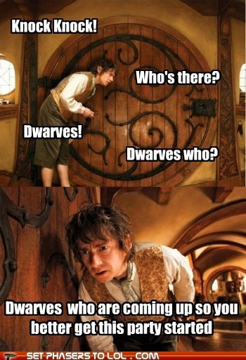 Bilbo Baggins,coming up,confused,dwarves,knock knock,Party,The Hobbit