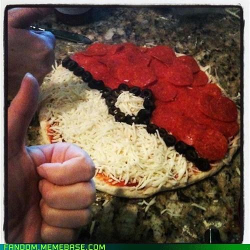 food noms pizza pokeball Pokémon - 6553480704