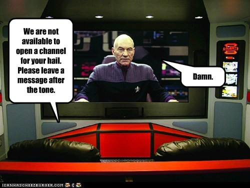 answering machine,Captain Picard,channel,hailing,message,patrick stewart,Star Trek,the next generation