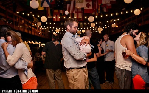 baby cute daddy dancing - 6563602688