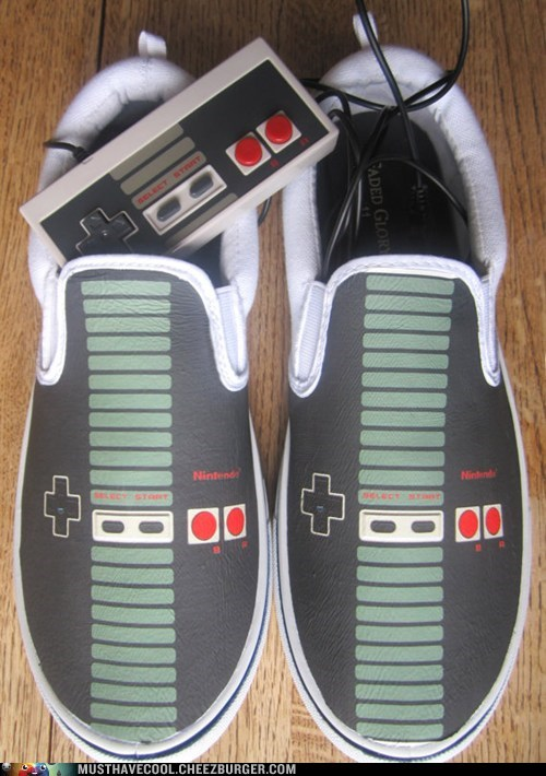 controller NES nintendo printed shoes