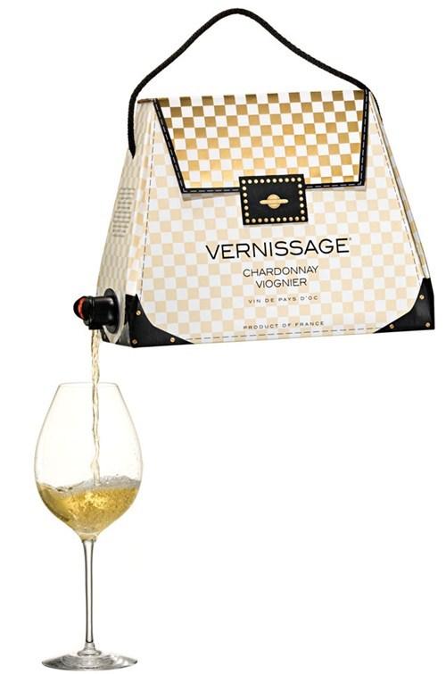 boxed wine its-5-oclock-somewhere wine in a handbag