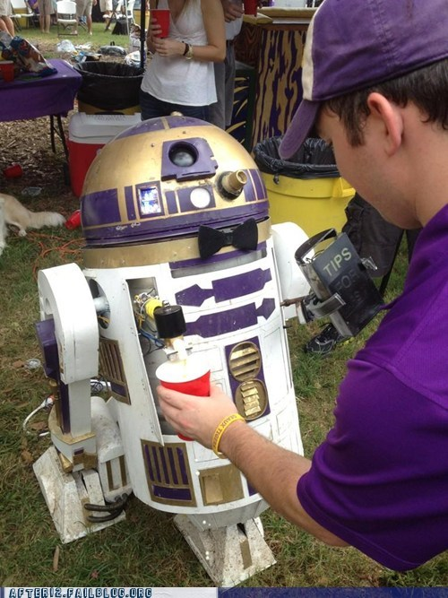 keg,r2-d2,service bot,star wars