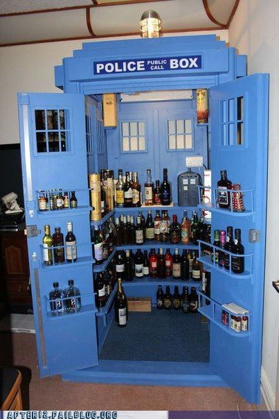 bigger on the inside doctor who tardis win - 6578363904