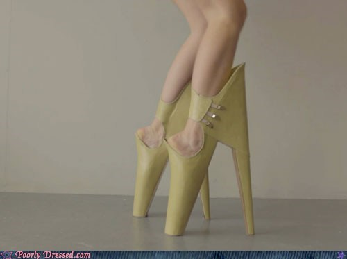backwards high heels - 6578575872