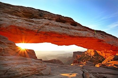 arch,arid mesa,mesa,photography,plateau,sunrise