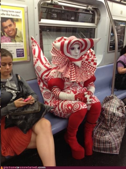 costume,Meanwhile,Subway
