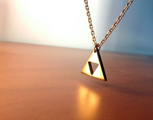 Bling design legend of zelda necklace nerdgasm triforce