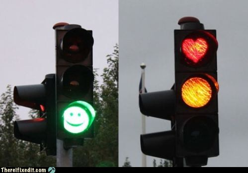 green light,happy face,red light,stoplight,traffic light,traffic stop