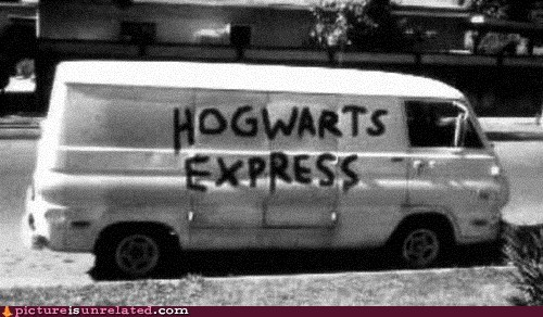 Harry Potter,Hogwarts,pedo van,seems legit