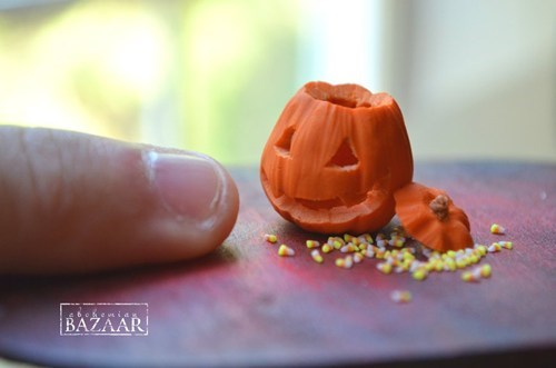 candy corn,halloween,jack o lanterns,miniature,pumpkins,tiny