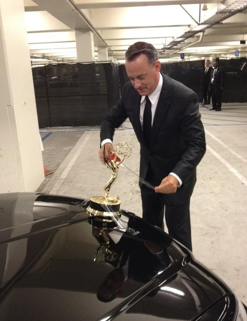 emmy awards emmys Game Change hood ornament lincoln pimp my ride tom hanks tom hanks tapes emmy to car
