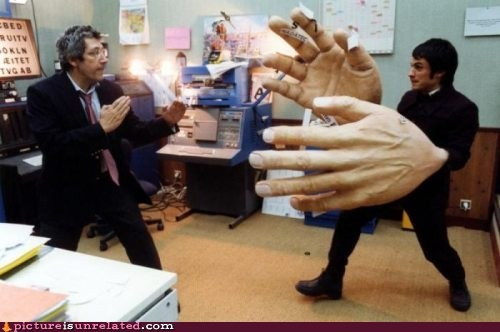 fight hands - 6612640768