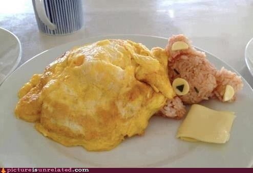 bear cute eating food omelette