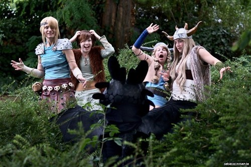 cosplay dreamworks How to train your dragon movies - 6621666816