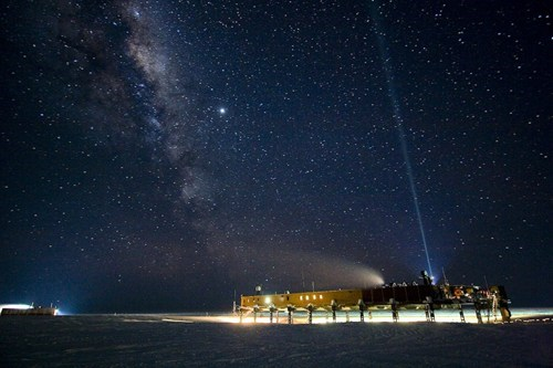 The Stars at the South Pole