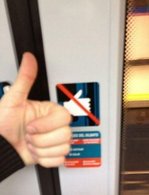elevator,going up,thumbs up