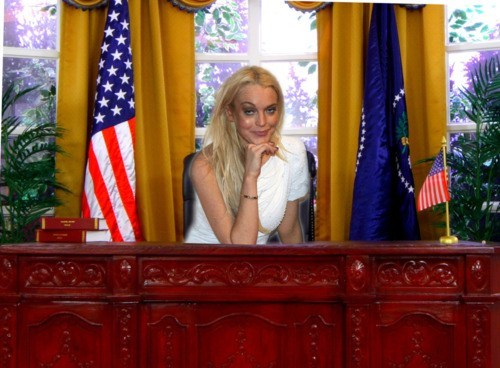lindsay lohan Oval Office president scary vote - 6640313856