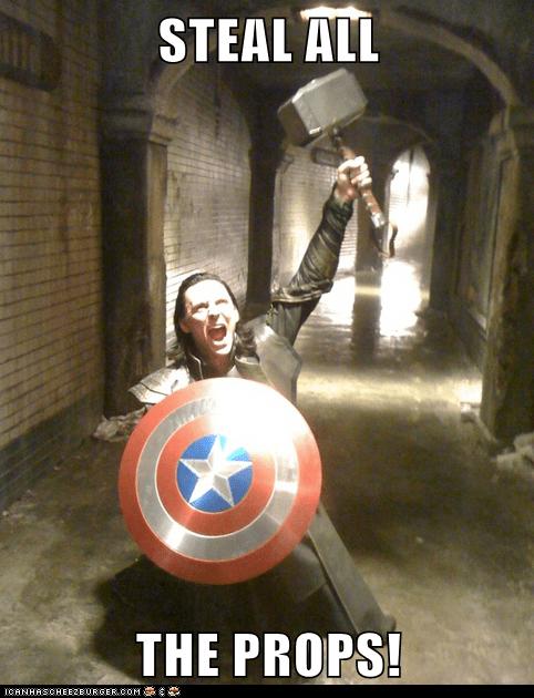 loki stealing tom hiddleston mjolnir avengers - 6641165056