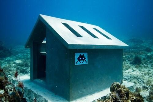hacked irl graffiti Street Art scuba ocean underwater - 6643386368