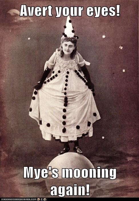 woman clown moon water wtf - 6646835456