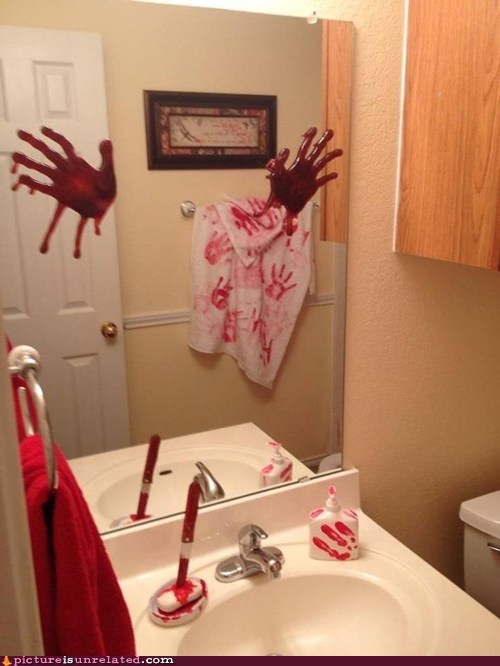 bathroom bloody mirror - 6649756928
