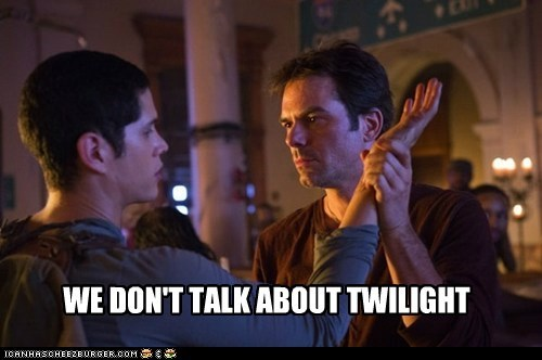 billy burke,stern,nate,JD Pardo,Miles Matheson,twilight,revolution,we don't