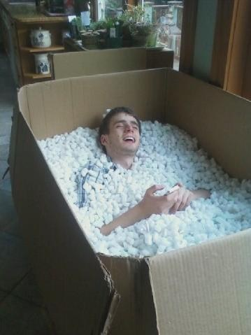 packing peanuts,Feels Good Man,packaging,bath