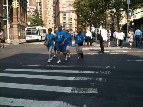 tourists i heart NY same outfit - 6655777024