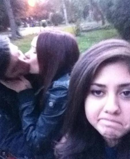 not fun third wheel making out get a room - 6659062784