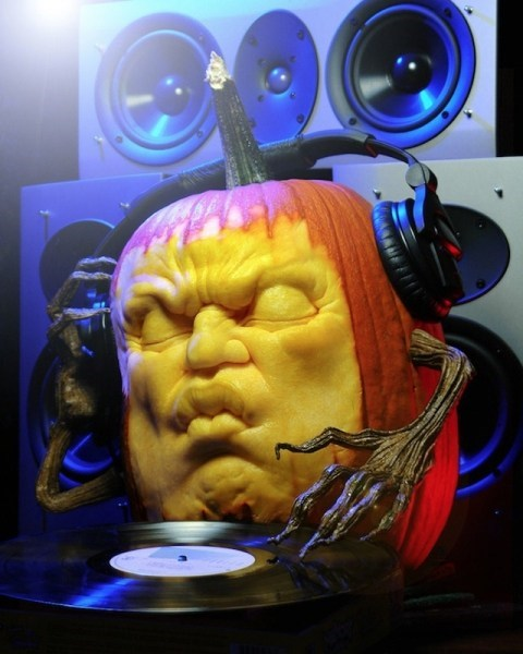 pumpkins,dj,sculpture,art,halloween