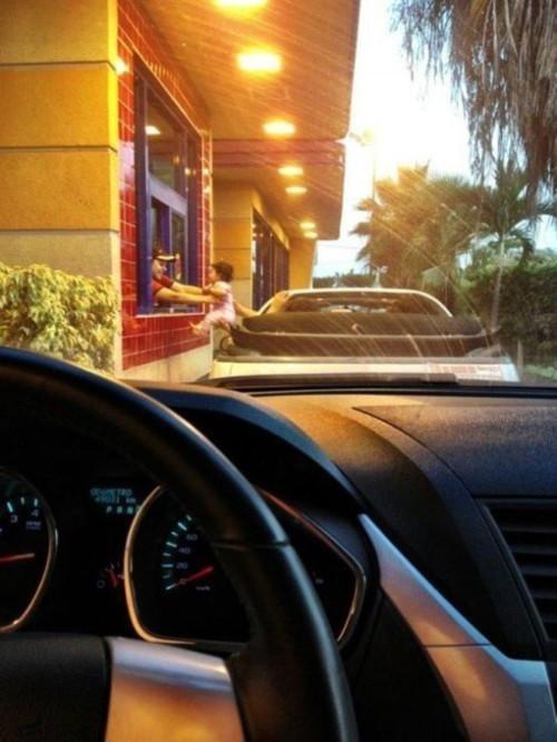 drive thru Babies fast food - 6675047424