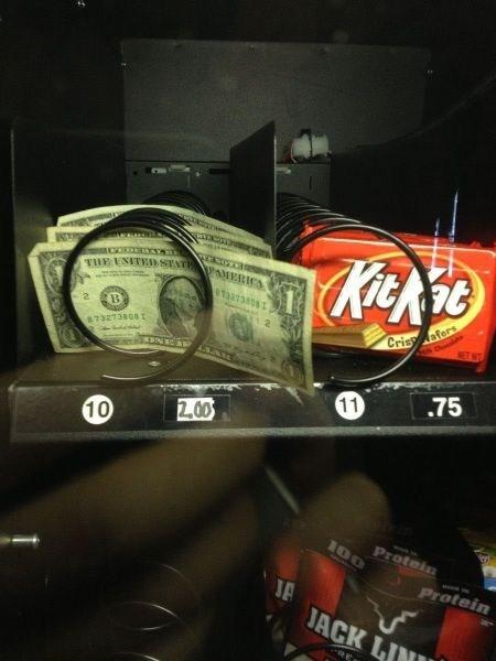dollar bills vending machine shoppers beware IRL - 6675661568
