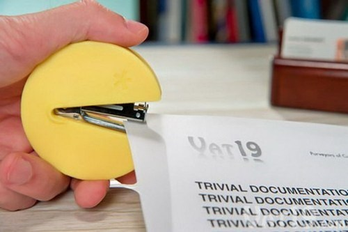 pac man design stapler nerdgasm video games
