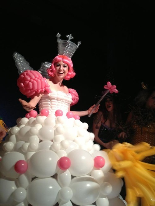 if style could kill,fashion,style,Balloons,dress,gown,glinda,good witch,fashion show