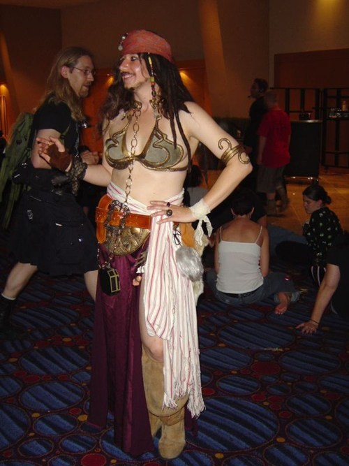 jack sparrow,Princess Leia,star wars,Pirates of the Caribbean,halloween costumes,cross dressing
