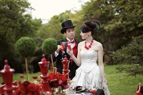 pretty alice in wonderland red mad hatter - 6684758784