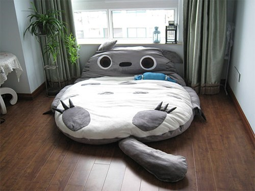 totoro,bed