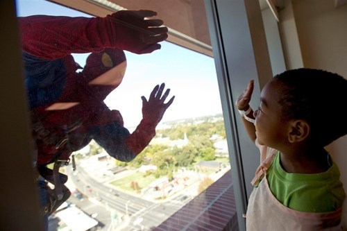 superheroes,window washers,real life super heroes,marvel