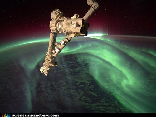 world ISS aurora - 6691940608