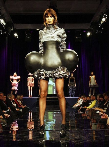 dress hips Balloons runway fashion style if style could kill - 6699255296
