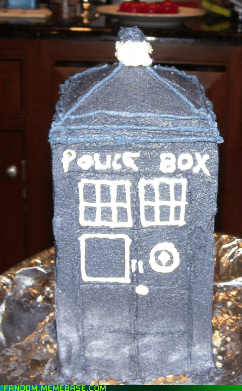 cake tardis doctor who