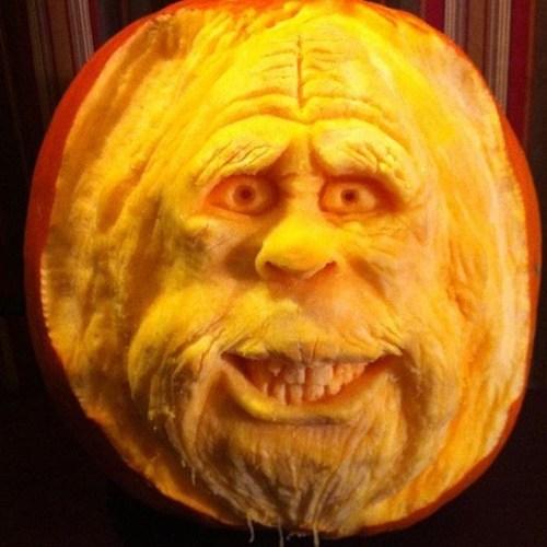 pumpkins Harry and the Hendersons halloween sculpture